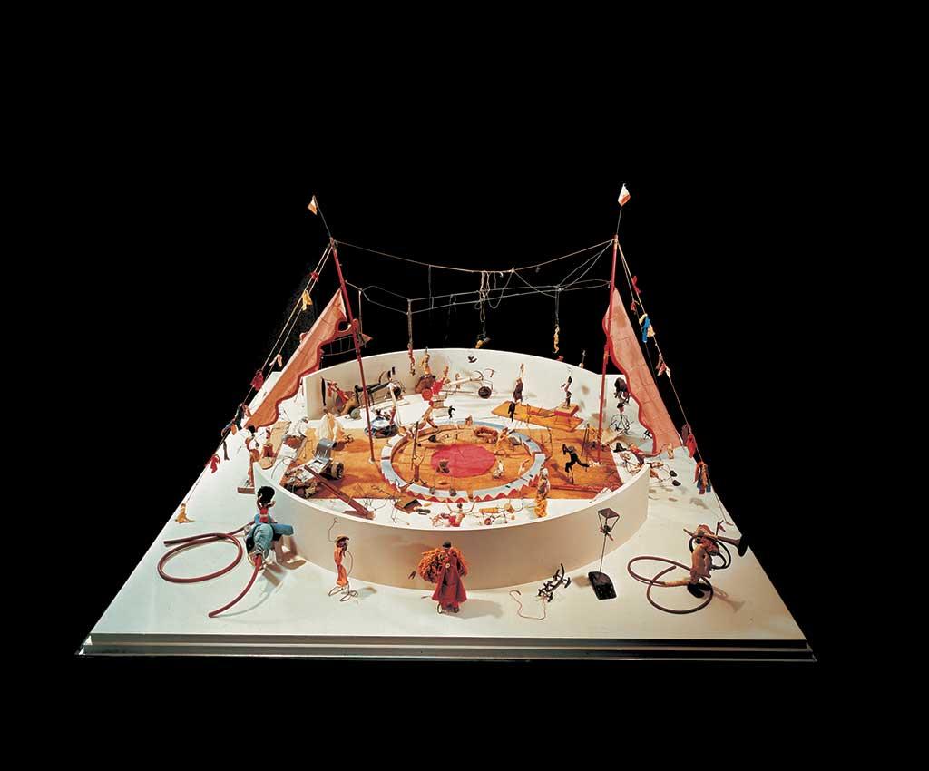 ©Alexander Calder, Calder's Circus, 1926 – 1931, kinetic art installation, Whitney Museum of American Art, New York.